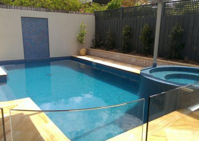 malvern pool builder