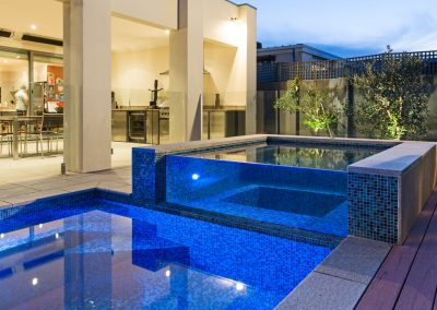 luxury pool builder melbourne