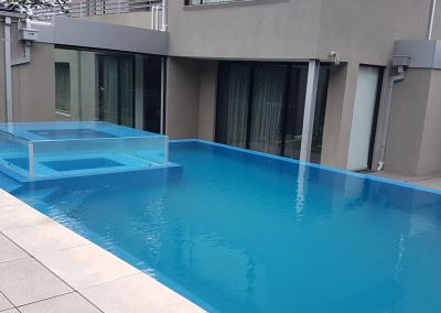 hawthorn multi level swimming pool and spa